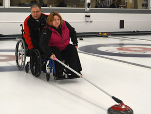 Getting Started in Curling – Adults | Curling Canada